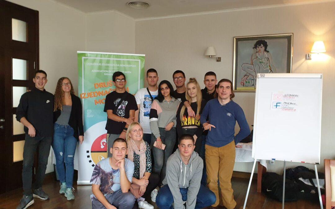Inovativne prakse i rešenja: Vršnjačko mentorstvo za srednjoškolce sa hendikepom